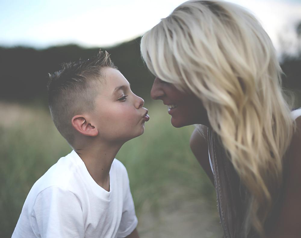 kiss kiss(HDR).jpg