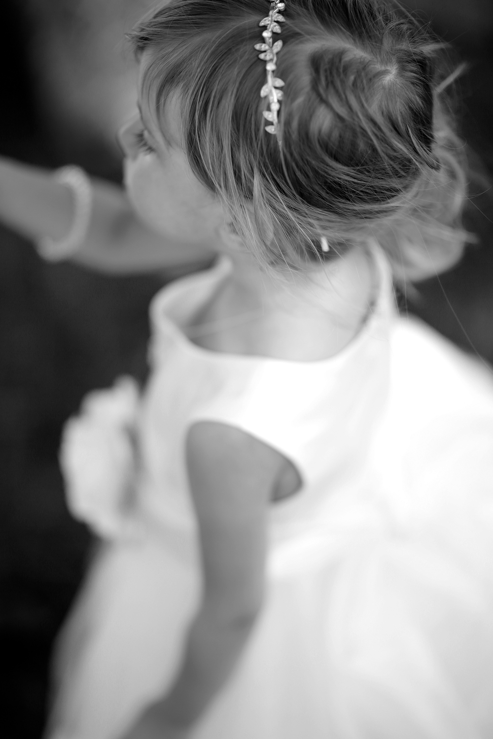 flower girl above bokeh(WEB)(B&W).jpg