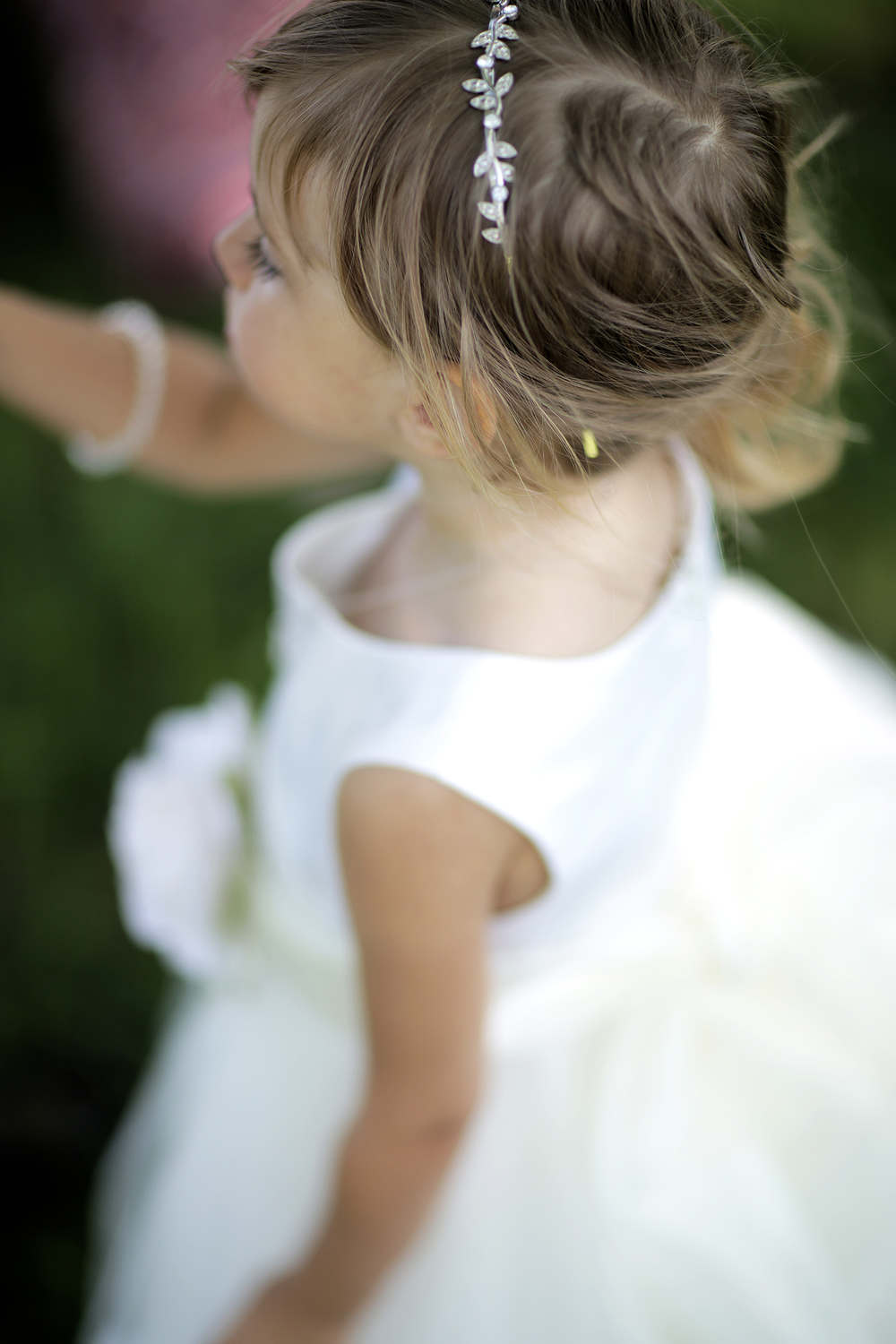 flower girl above bokeh(WEB).jpg