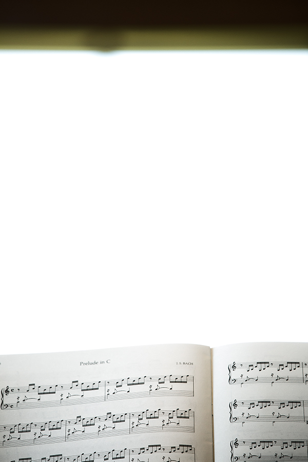 sheet music(WEB).jpg