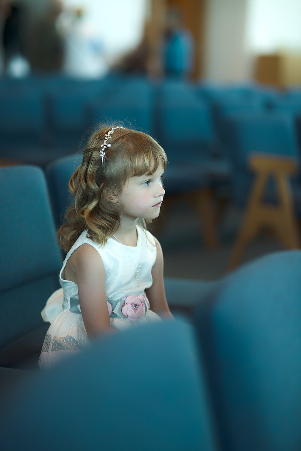 little girl blue seat(WEB).jpg
