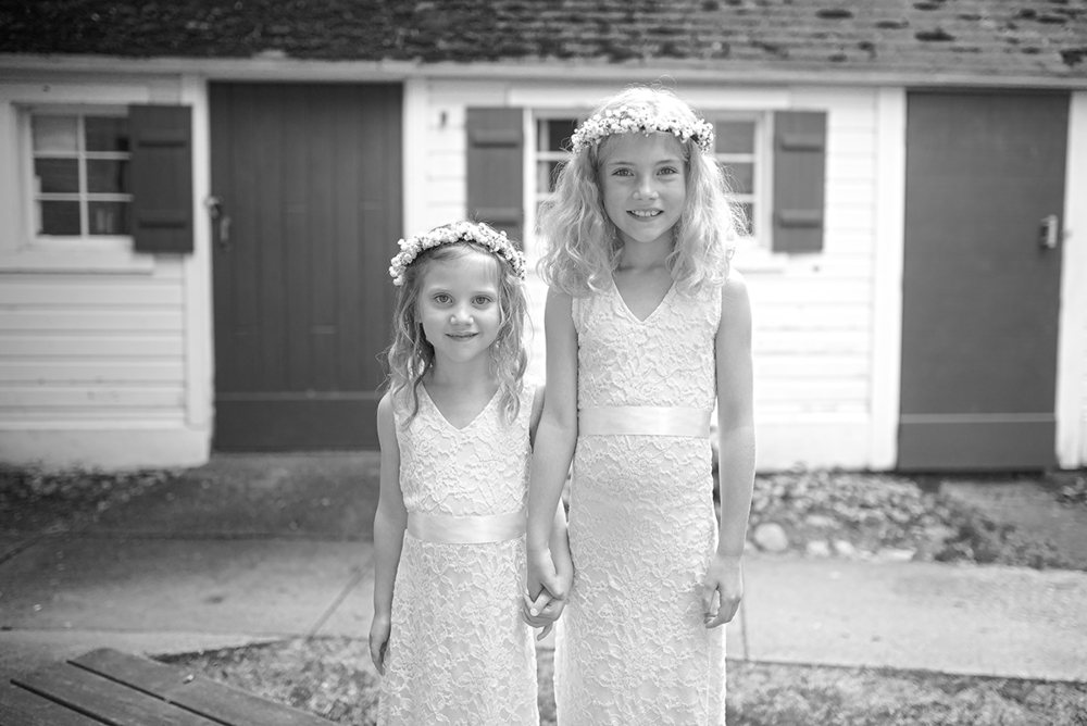 flowers girls cottage hold hands(WEB).jpg
