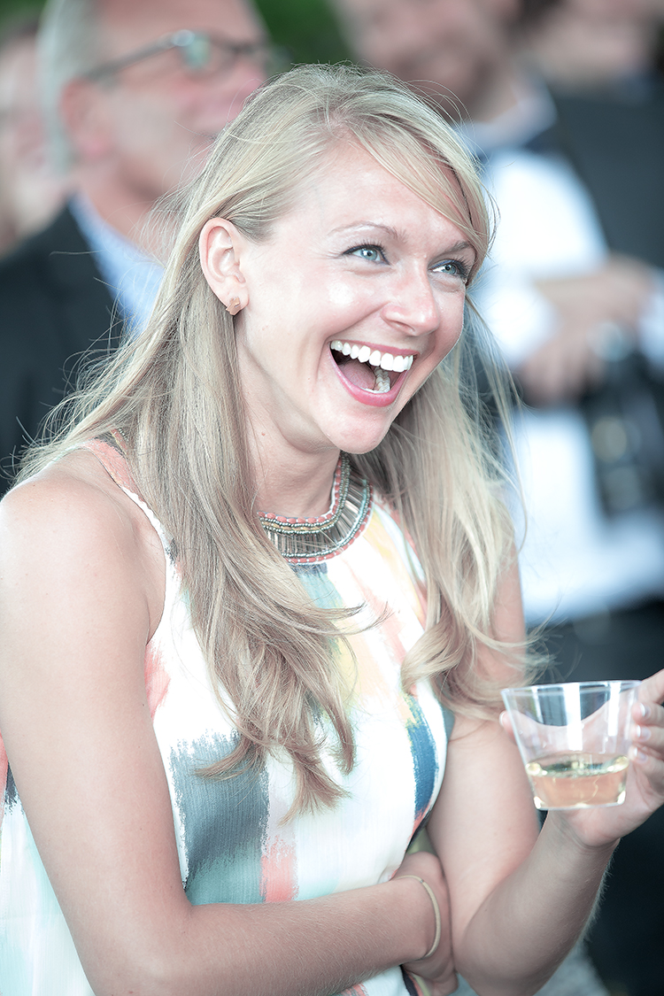 blonde guest ceremony laugh(WEB).jpg
