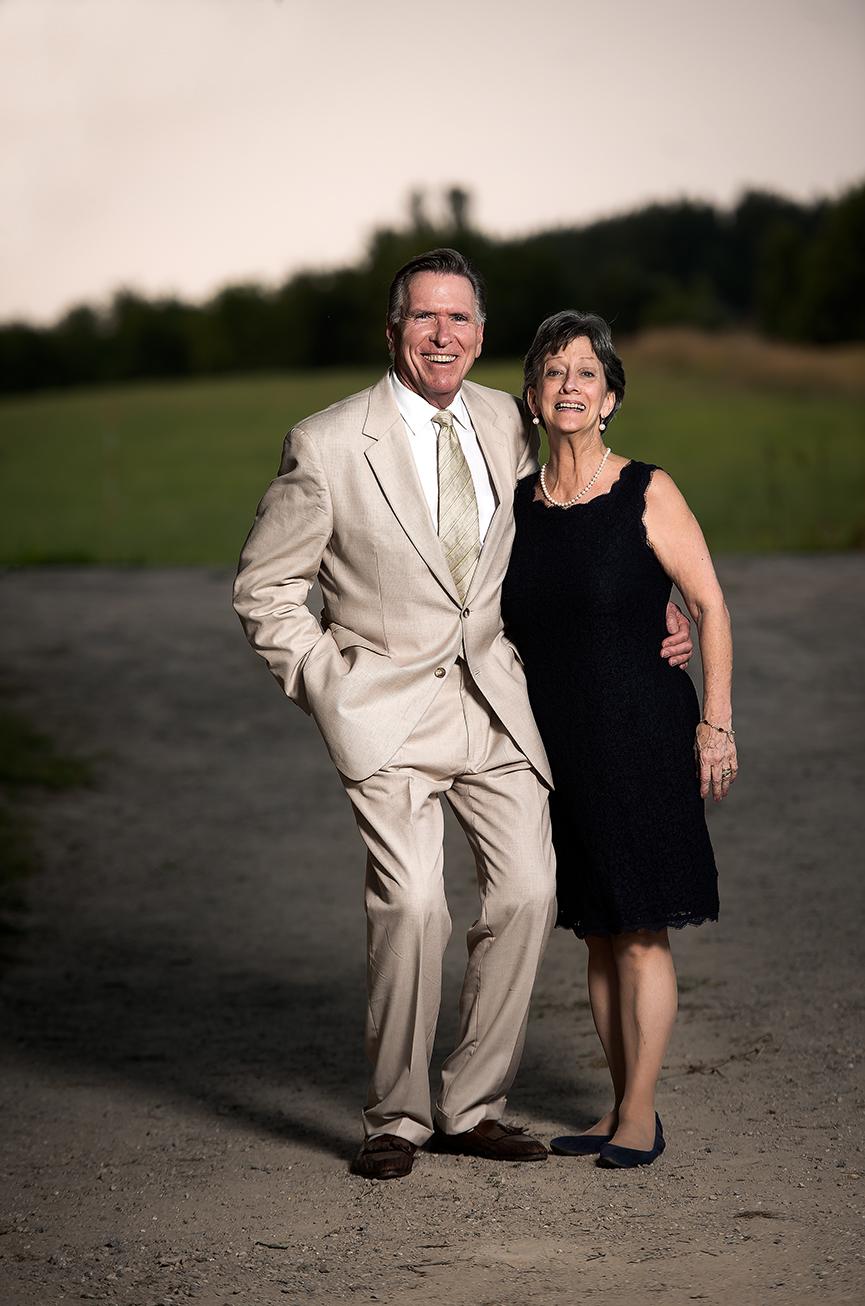 groom parents driveway(WEB).jpg