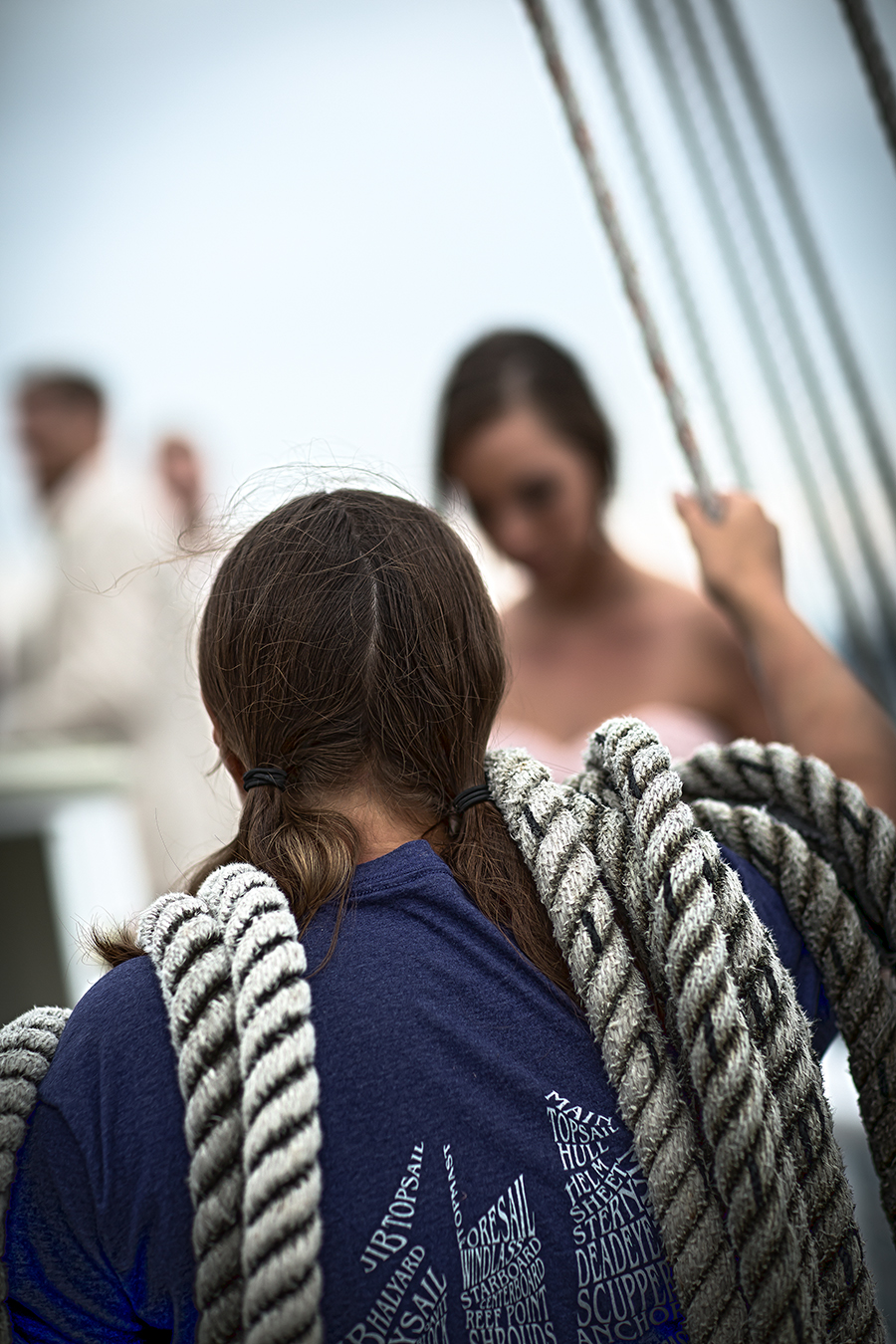 ship hand rope shoulder(WEB).jpg