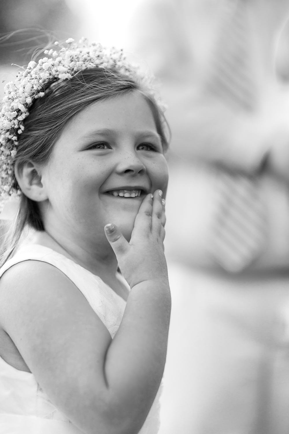 flower girl smile cheek(WEB).jpg