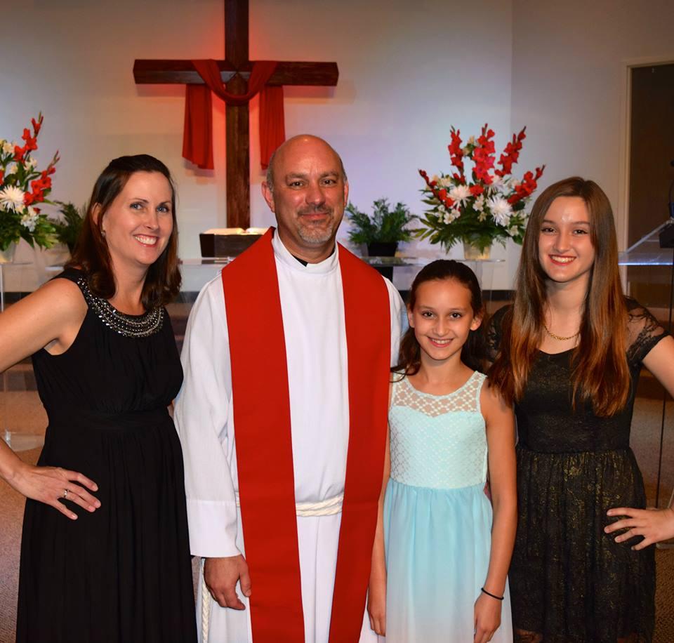 Pastor Ken and Family.jpg