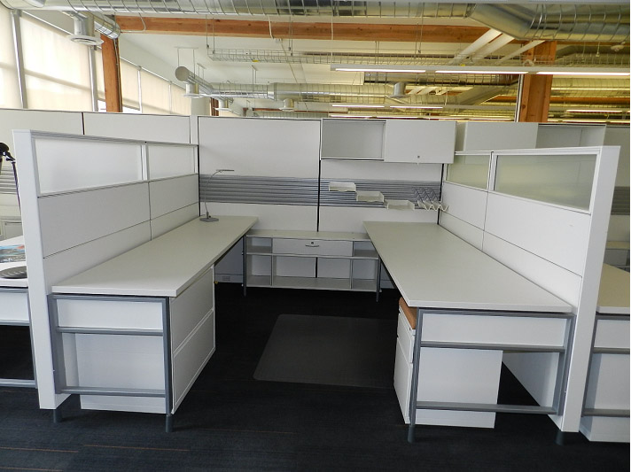 Herman Miller Canvas Workstations used 20 Available