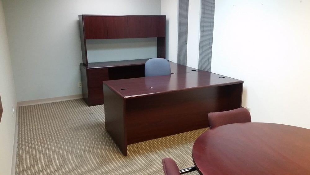 Hon Desk 1