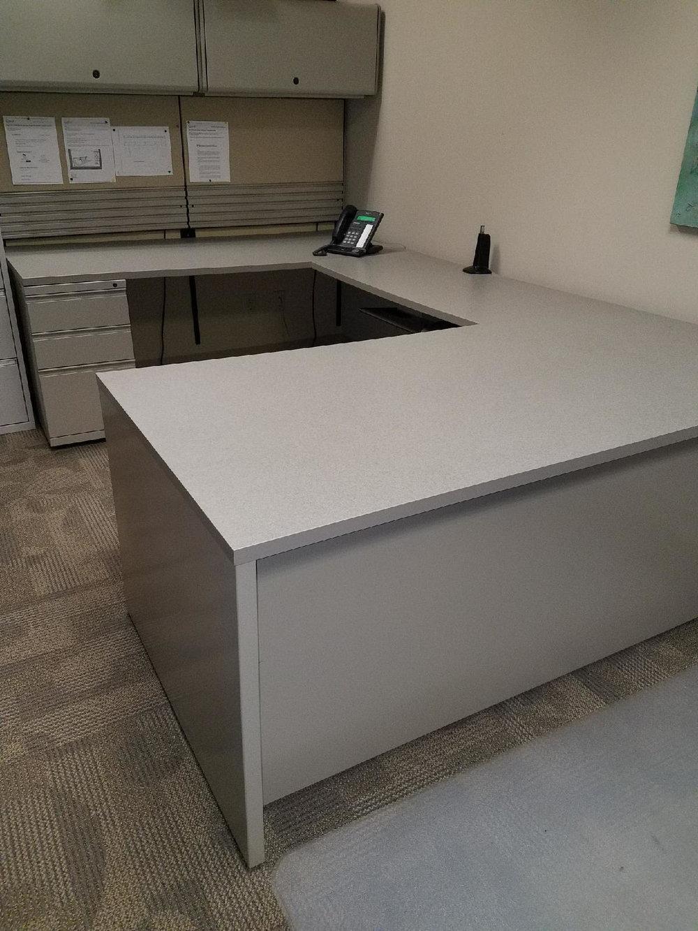 Meridan Desk 1