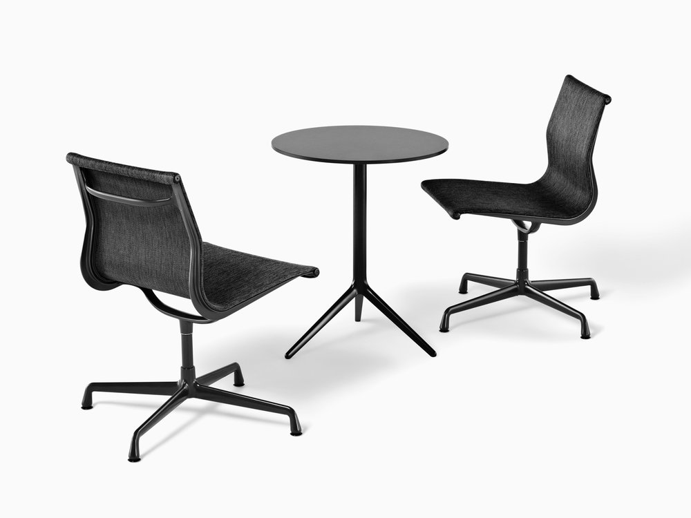 ig_prd_ovw_eames_aluminum_group_chairs_outdoor_01.jpg
