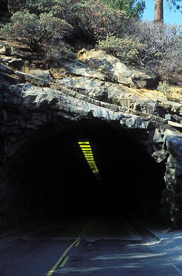tunnel_s.jpg