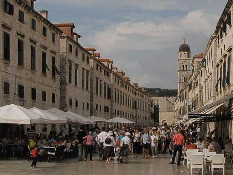 Dubrovnik - crowded Strada