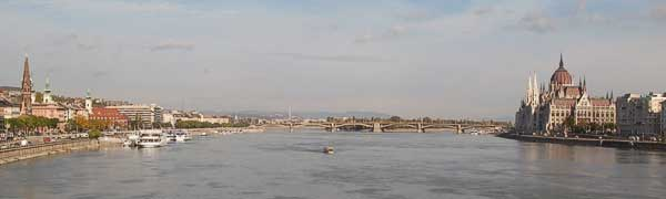 Panorama from the Chain Bridge
