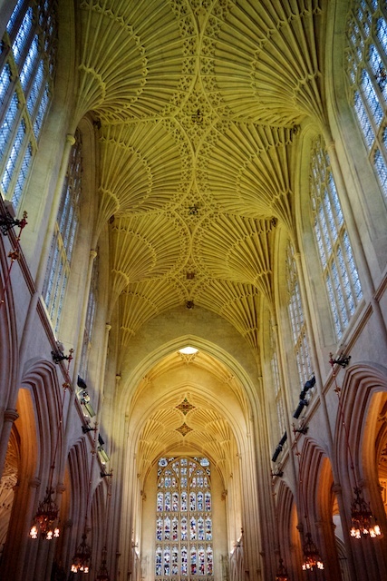 Bath Abbey, looking towards altar