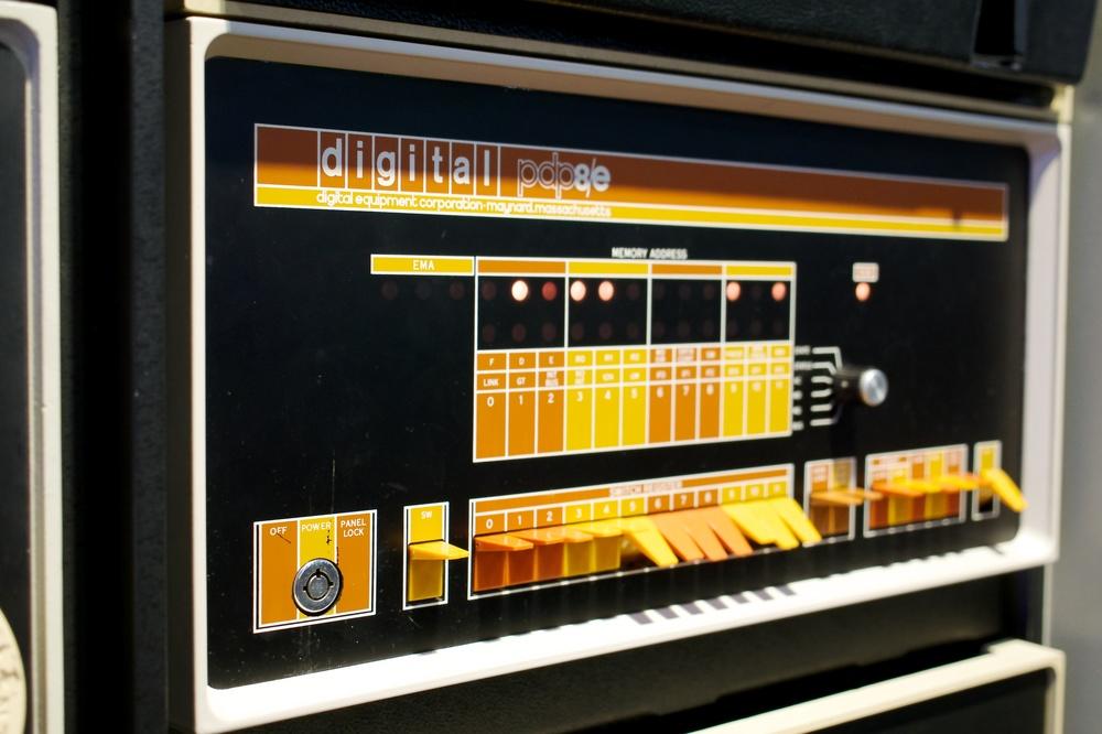 PDP 8/e