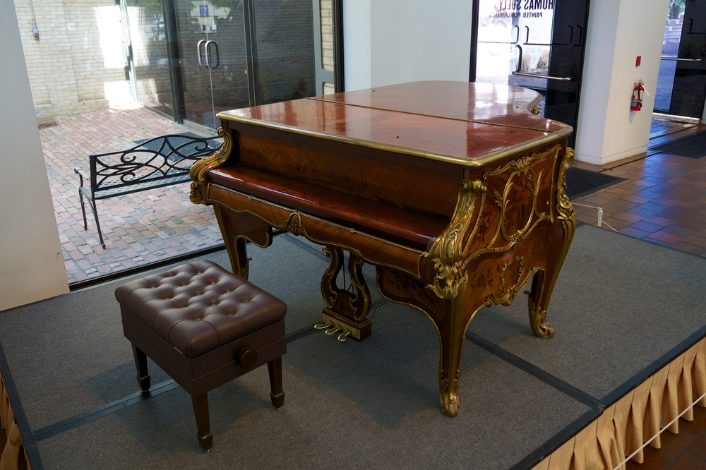 Steinway at the San Antonio Museum of Art