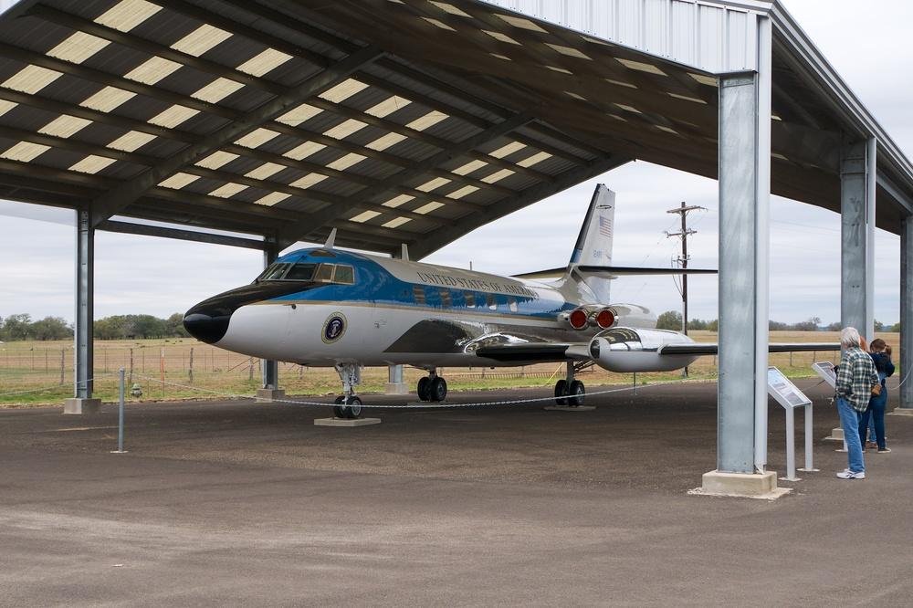 LBJ Jet