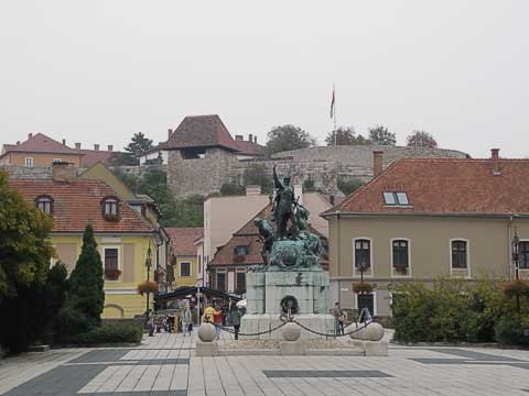 The castle can be seen rising over the rest of Eger. A church was originally on the hill a thousand years ago, but it was destroyed by the Tartars in the 13th century. The fortress was built to repel future attacks.