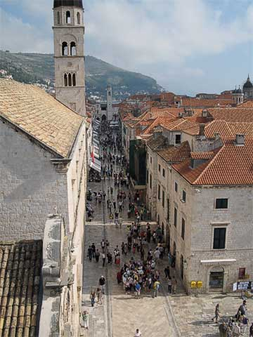 The Stradun as seen from above the Pile Gate, looking east.