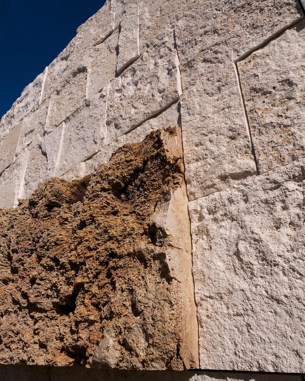 80,000-year-old display travertine