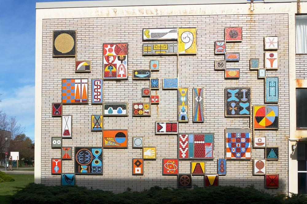 Symbols for Education, Lionel Thomas