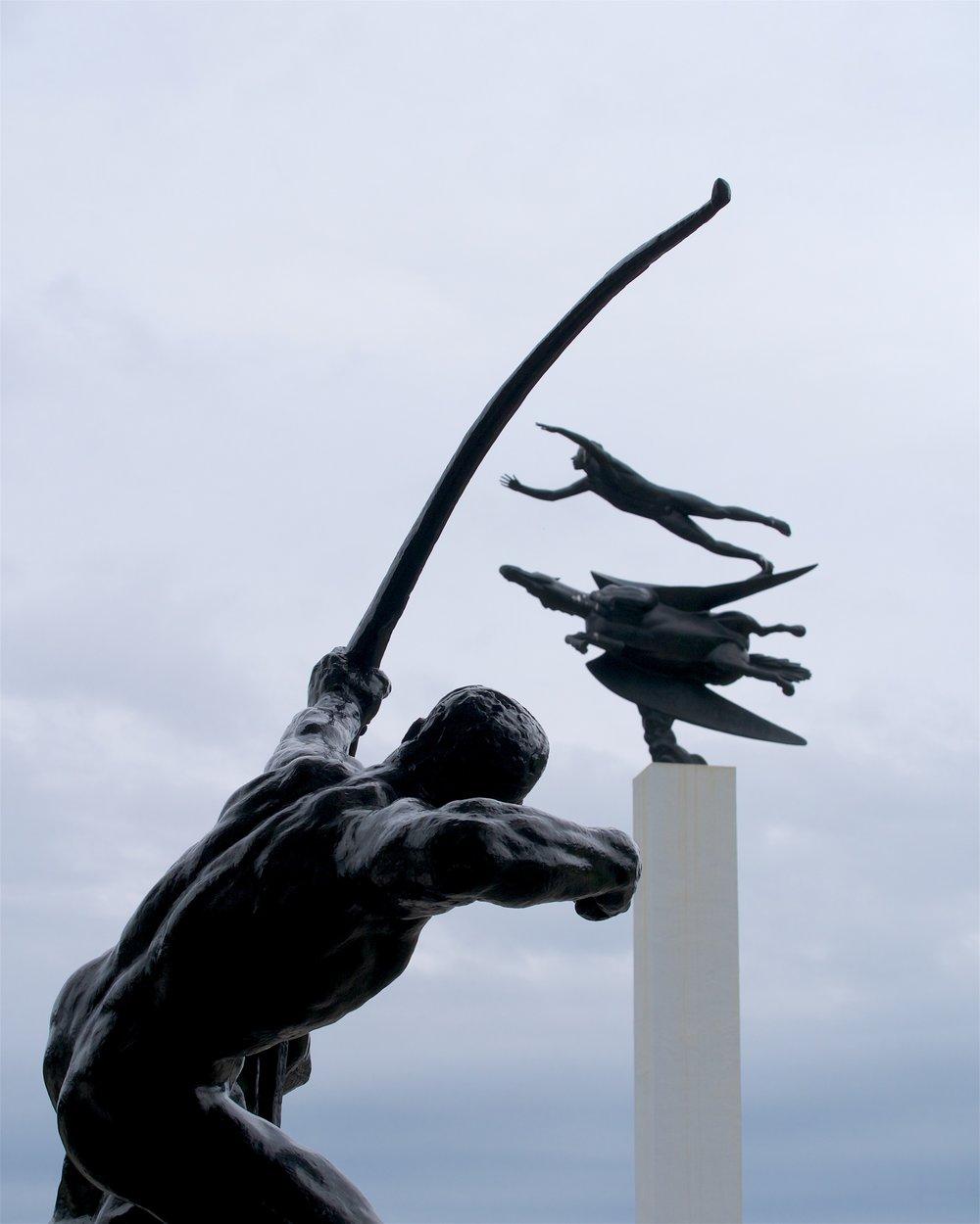 Grande Héraclès Archer (Émile-Antoine Bourdelle)/Man and Pegasus (Carl Milles)