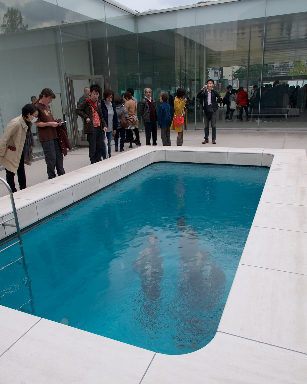 The Swimming Pool, Leandro Erlich