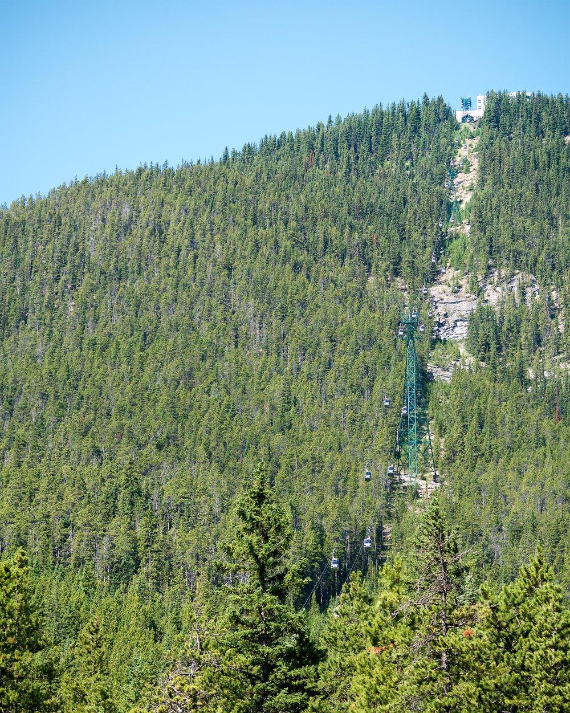 Gondola going up