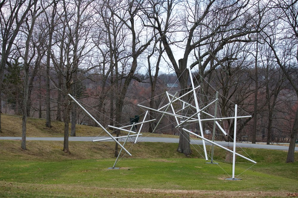 Free Ride Home, Kenneth Snelson