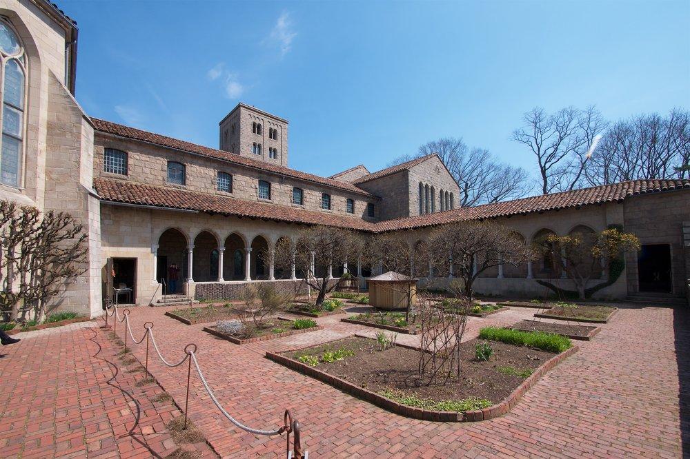 Bonnefont cloister