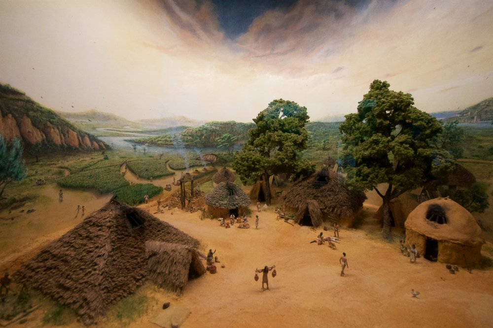 Middle Neolithic settlement diorama