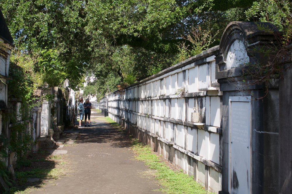 Wall crypts