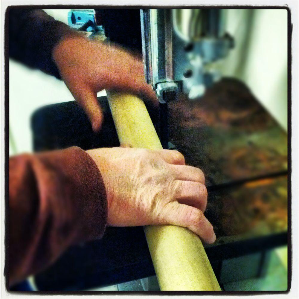 Cutting the dowel