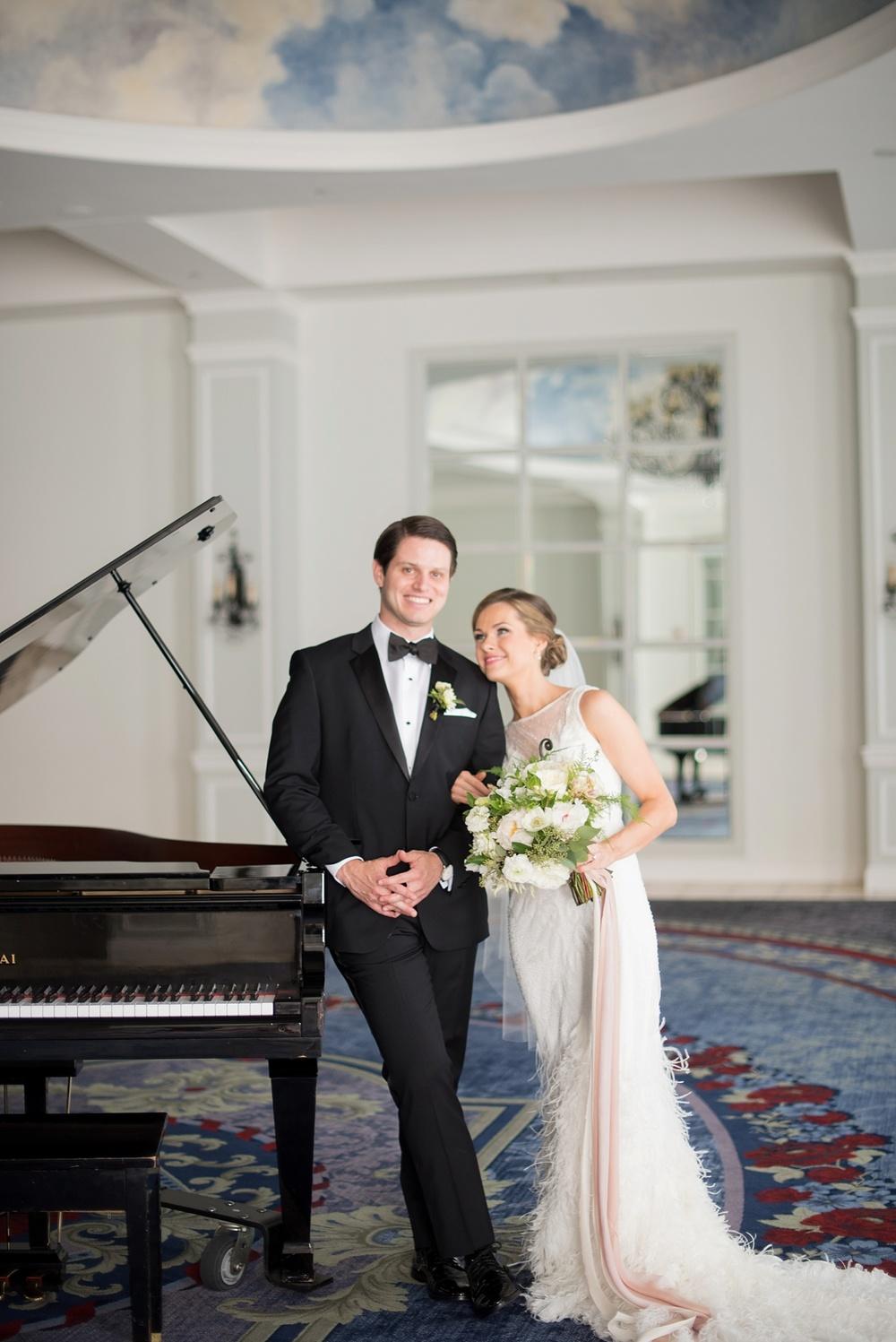 mikkelpaige-full_aperture_floral-pearl_river_hilton_wedding_0001.jpg