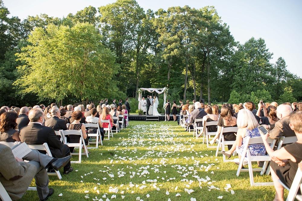 mikkelpaige-full_aperture_floral-pearl_river_hilton_wedding_0023.jpg