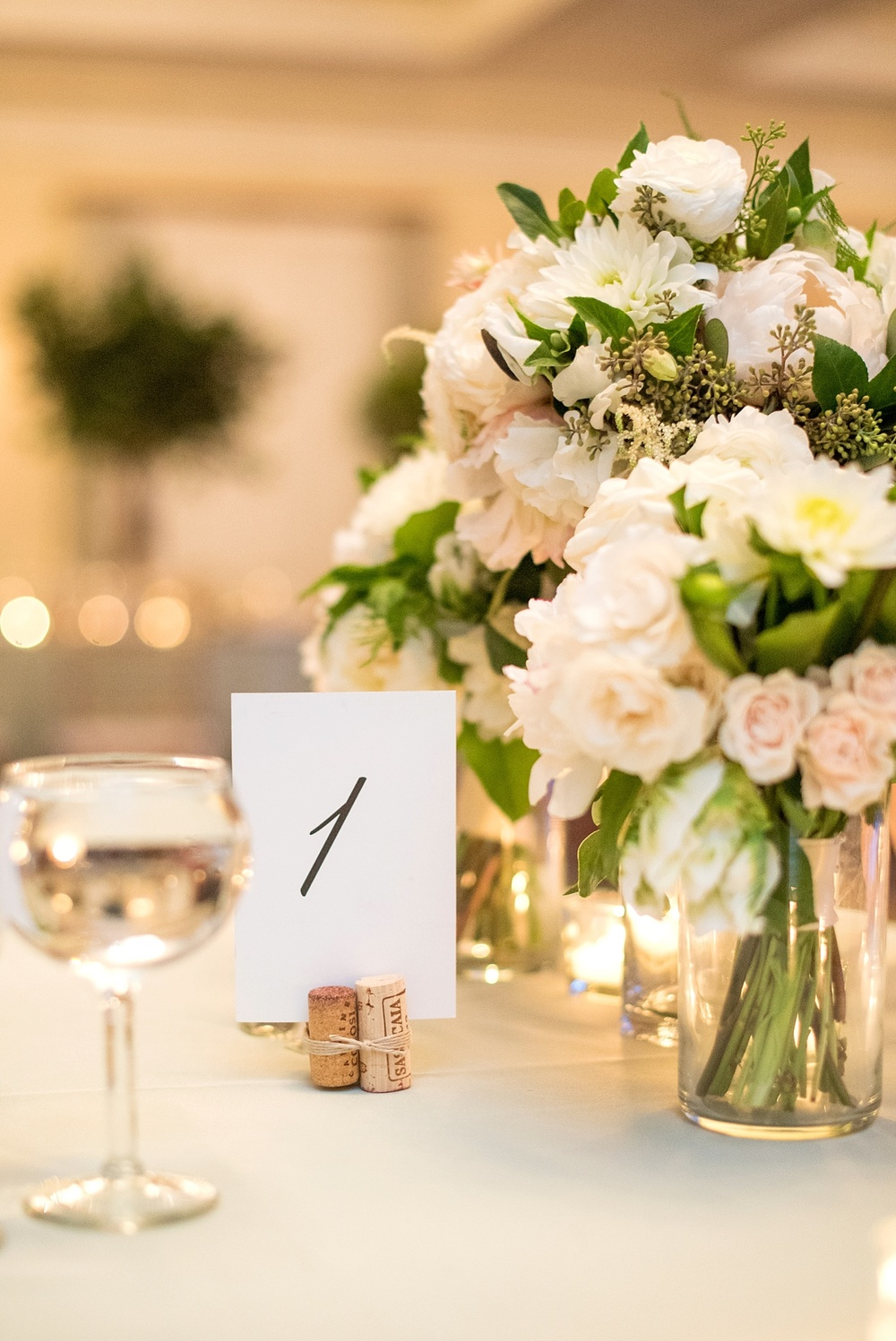 mikkelpaige-full_aperture_floral-pearl_river_hilton_wedding_0030.jpg