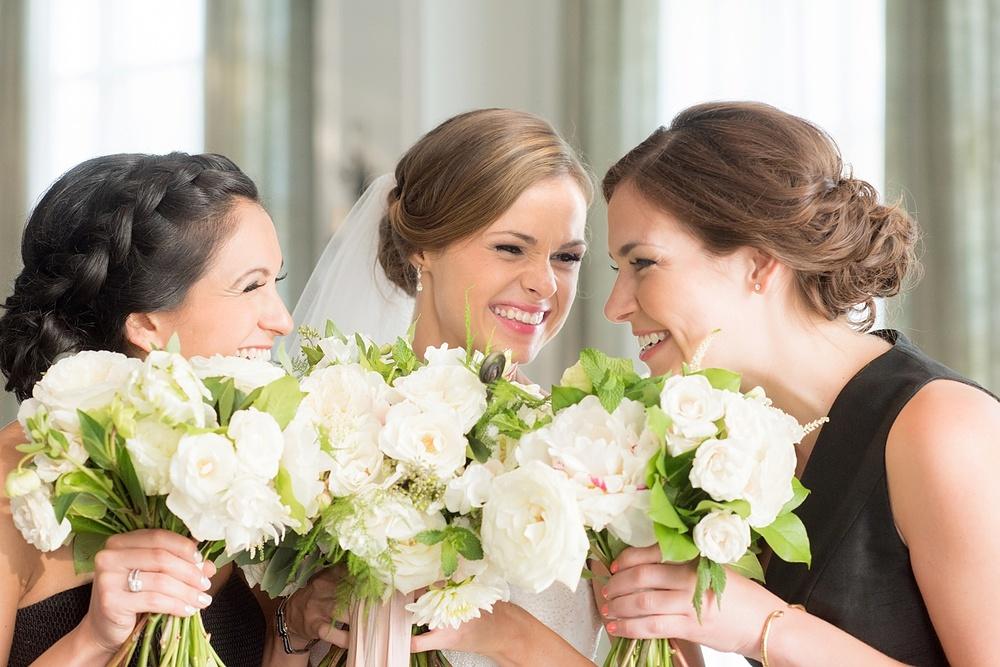mikkelpaige-full_aperture_floral-pearl_river_hilton_wedding_0018.jpg