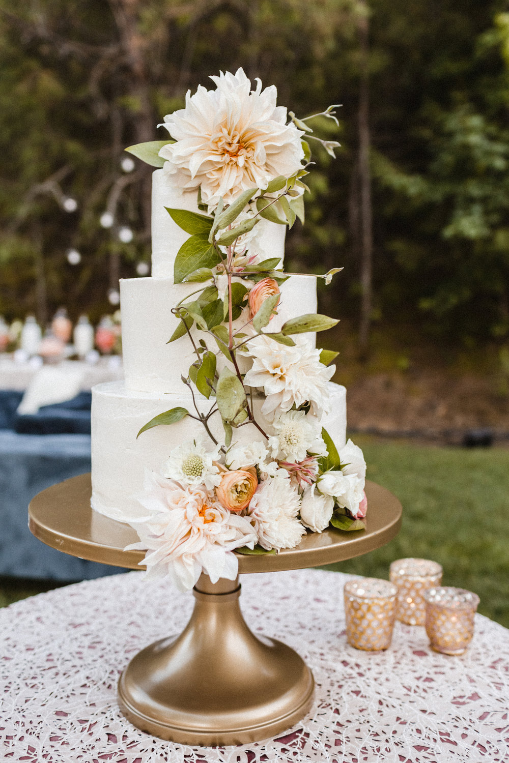 Julianne Hough and Brooks Laich Wedding - Wild Bloom Floral - Sarah Falugo Photography - Simply Troy Event Design 39.jpeg