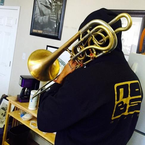 Trying out that prototype #BAC Bass Bone!! It's @rachapstic #NOBSBRASS