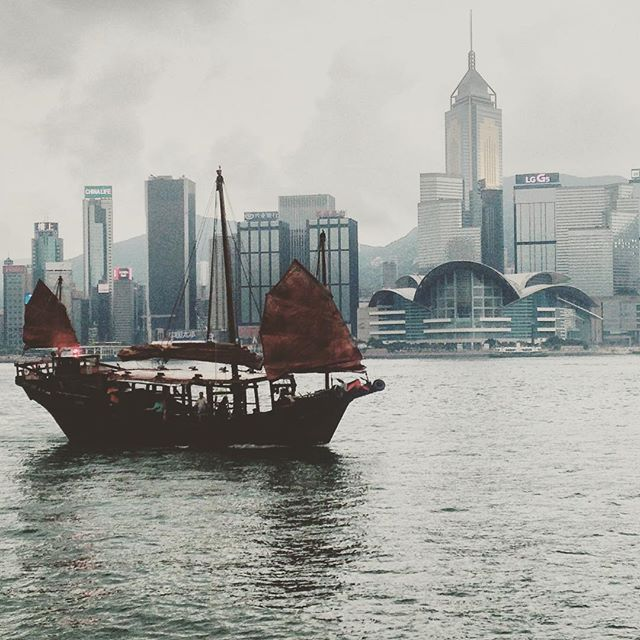 The last Chinese Junker from what they tell me. Kinda crazy.  #DukLing #hongkong #hongkongharbor #discoverhongkong #justgo