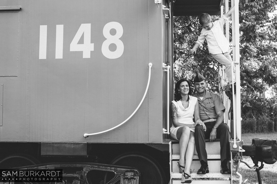 samburkardt_pensacola_florida_family_train_museum_photoshoot_summer_0005