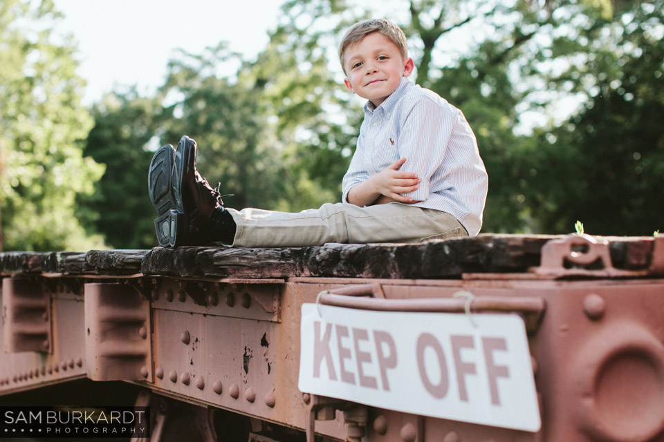 samburkardt_pensacola_florida_family_train_museum_photoshoot_summer_0006