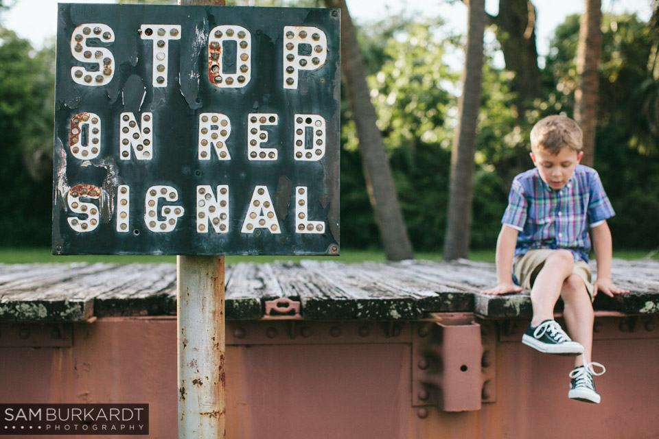 samburkardt_pensacola_florida_family_train_museum_photoshoot_summer_0008