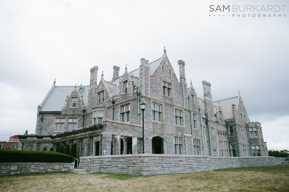 samburkardt_platz_moore_connecticut_branford_house_long_island_sound_august_photography_wedding_glamour_pink_0005.jpg