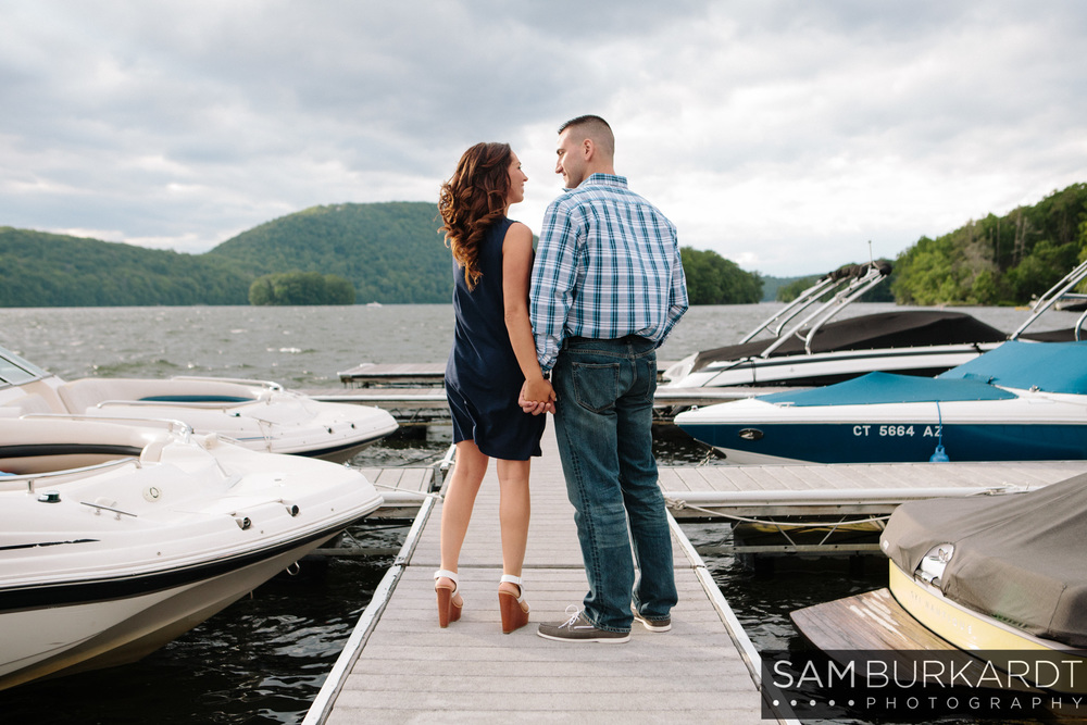 sburkardt_engagement_wedding_candlewood_lake_photography_005.jpg