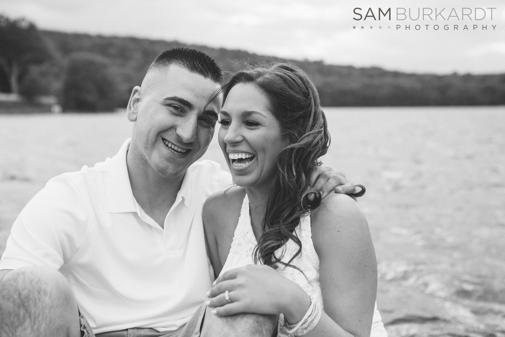 sburkardt_engagement_wedding_candlewood_lake_photography_010.jpg