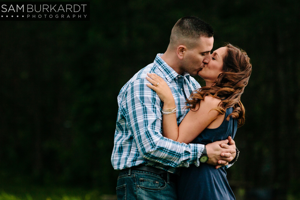 sburkardt_engagement_wedding_candlewood_lake_photography_011.jpg