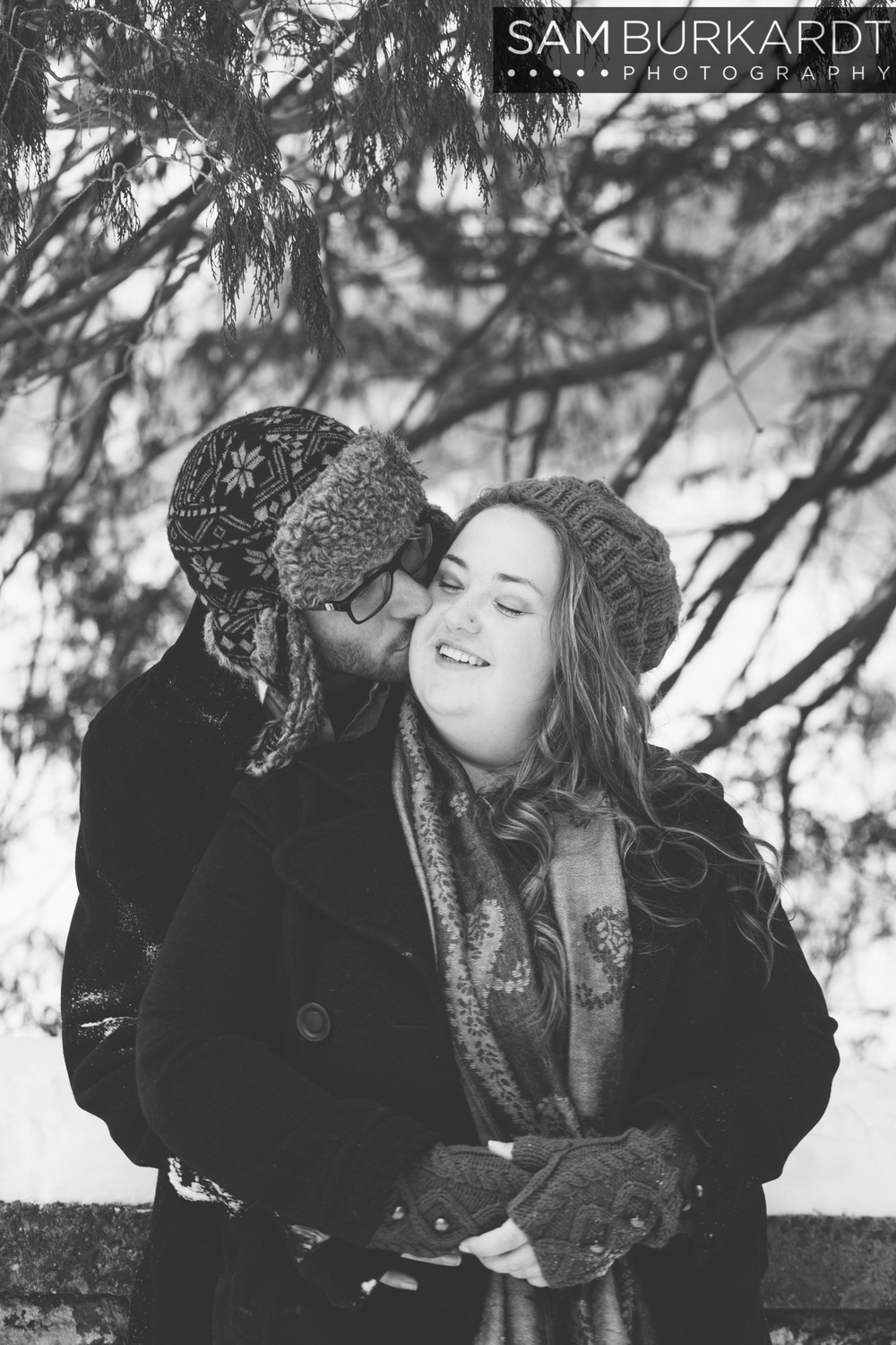 winter_engagement_elizabeth_park_hartford_snow