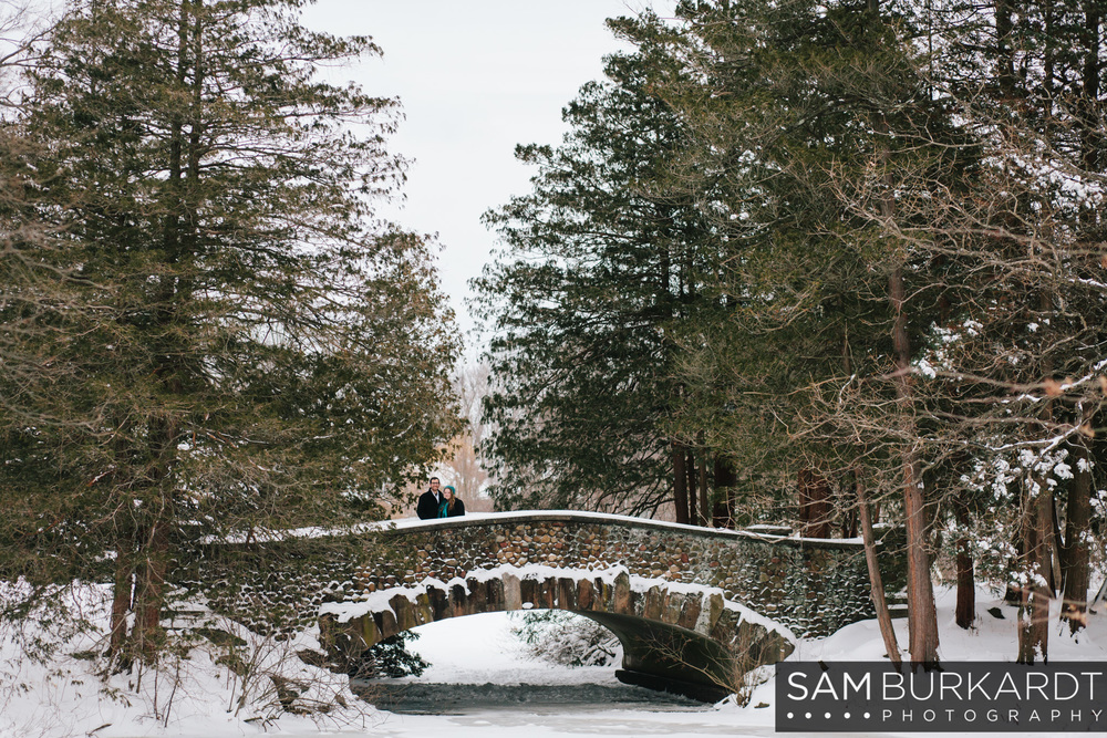sburkardt_engagement_winter_hartford_photography_elizabeth_park_006.jpg